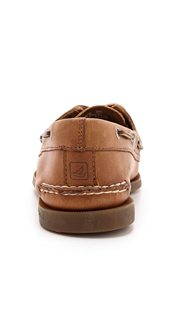 Sperry A/O Classic Boat Shoes on Brown Sole