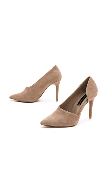 Steven Wrenn Pumps