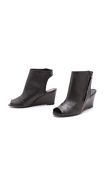 Surface to Air Kim Wedge Booties