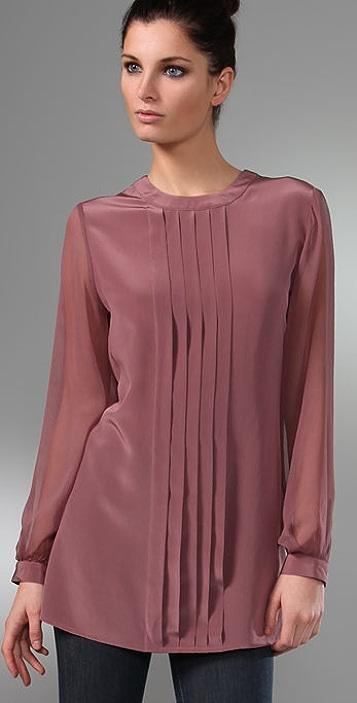 Thayer V Back Long Sleeve Tunic