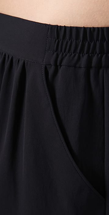 Theory Brylie Shorts