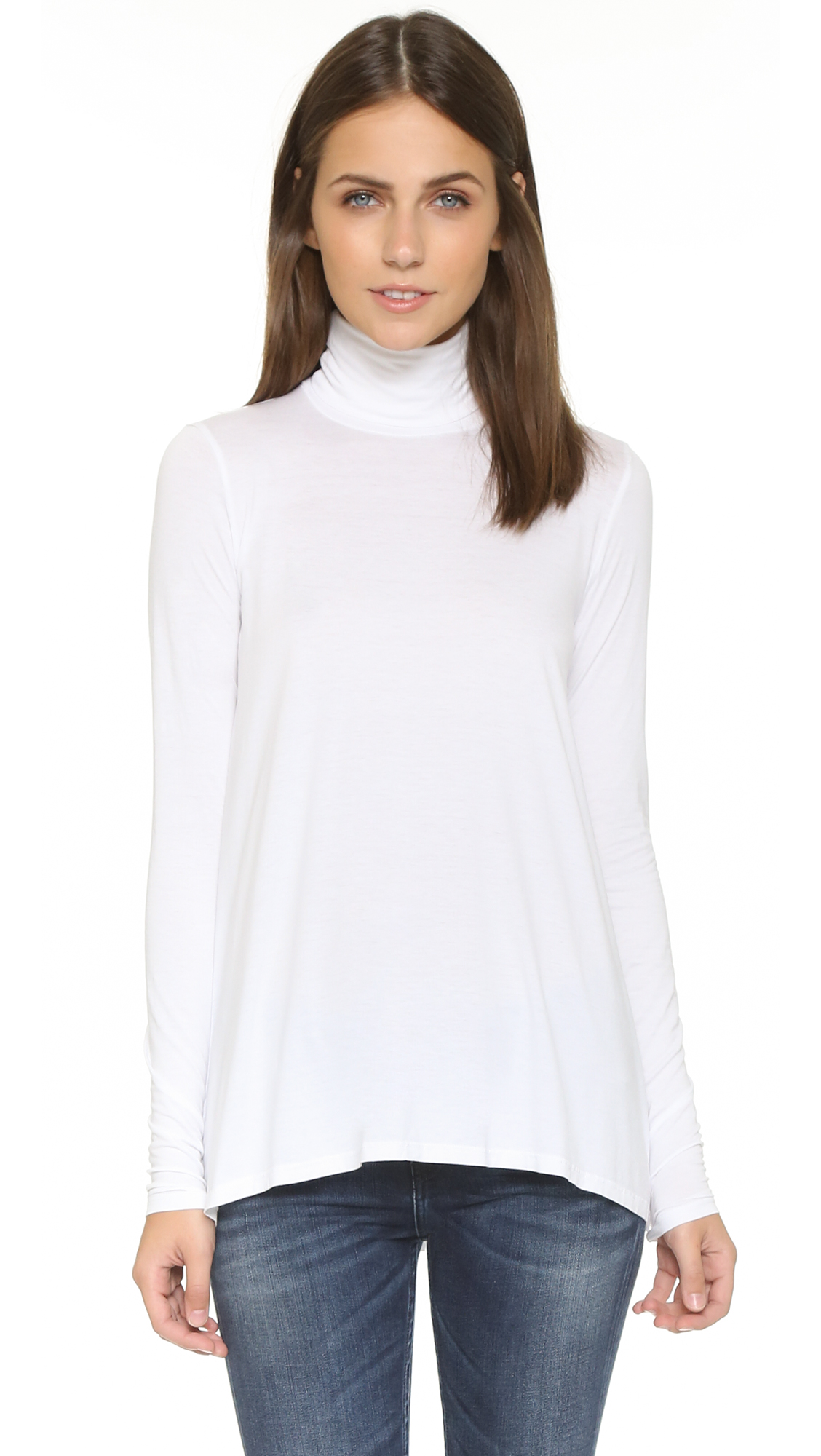 THREE DOTS Relaxed Hi Lo Turtleneck in White