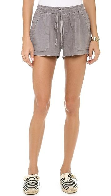 Three Dots Drawstring Shorts with Pockets