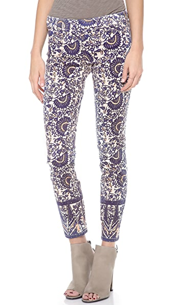 Tory Burch Izzy Flat Front Skinny Jeans