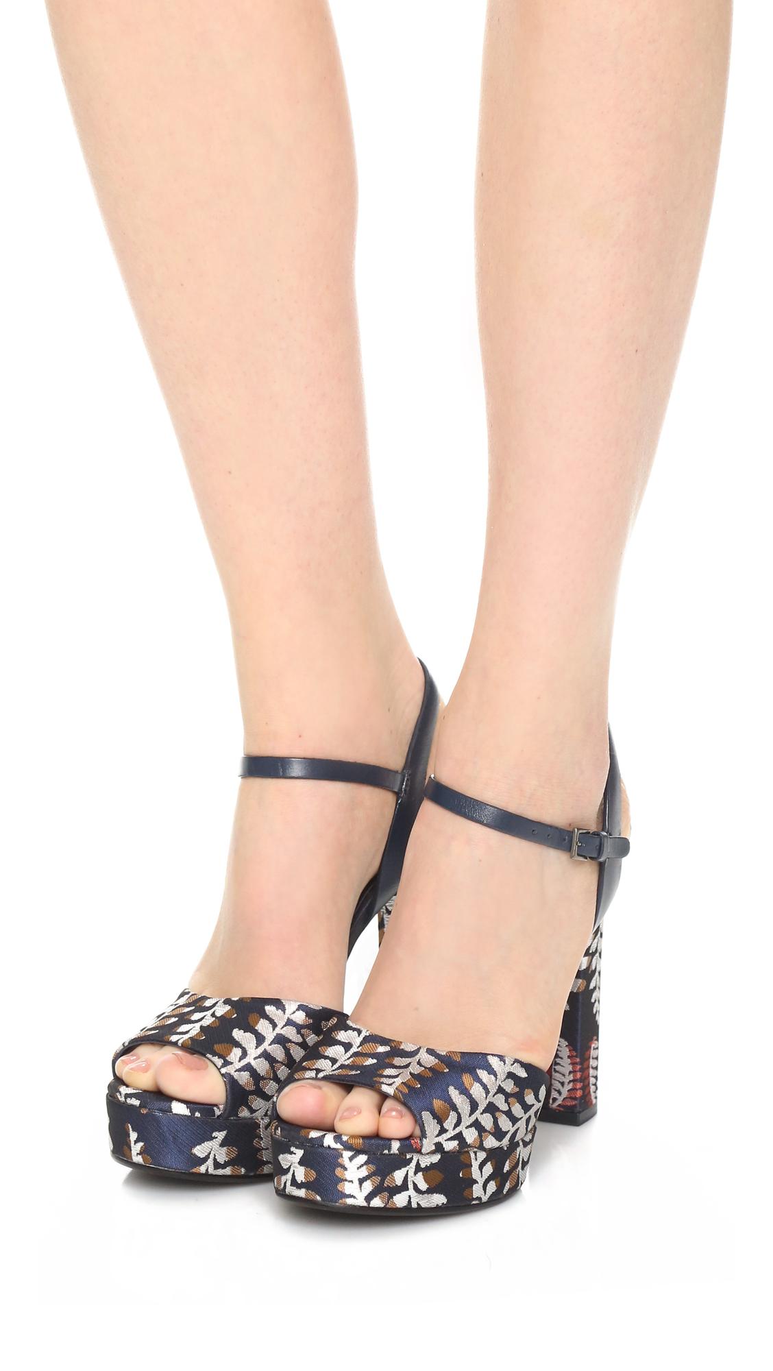 ce4bee8d20d Tory Burch Solana Platform Sandals