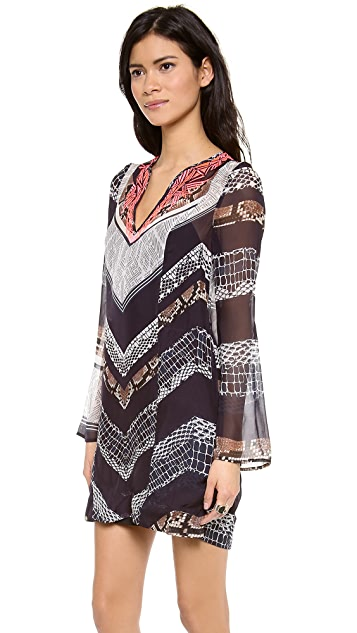 Twelfth St. by Cynthia Vincent Embroidered Jalaba Tunic