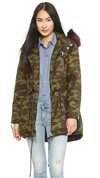 TEXTILE Elizabeth and James Johnnie Parka