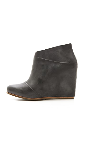UGG Australia Carmine Wedge Booties