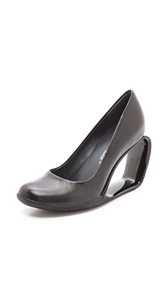 United Nude Step Mobius Wedge Pumps