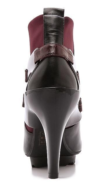 United Nude Winter Eros Curved Heel Booties