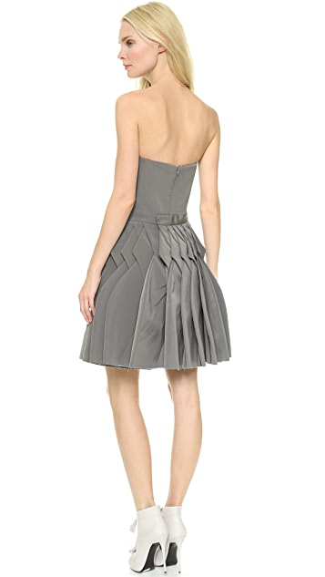 VIKTOR & ROLF Sleeveless Pleated Dress