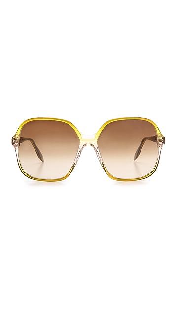 Victoria Beckham Feminine Square Sunglasses