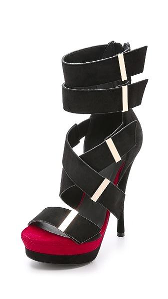 Kupi Versace online i prodaja Versace Suede Platform Sandals Black-Red-Gold haljinu online