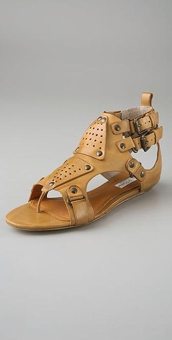 Pour La Victoire Larke Shield Flat Sandals
