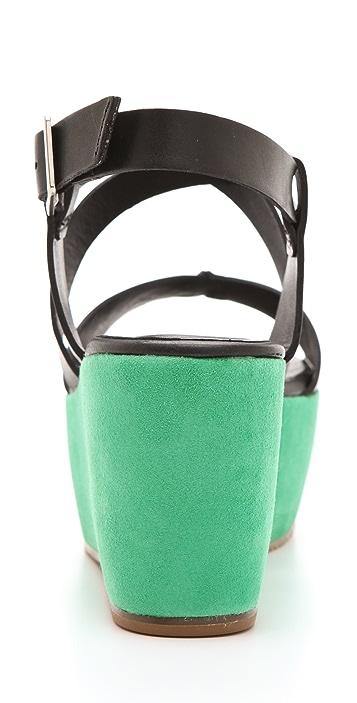 Pour La Victoire Noelle Suede Flatform Sandals