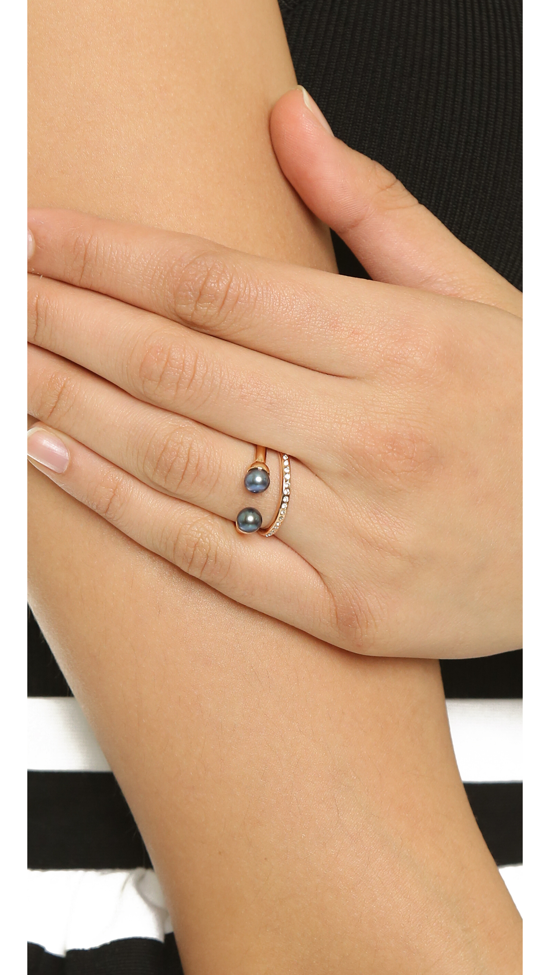 Vita Fede Ultra Mini Pearl Band Ring VpzR6nQKQ