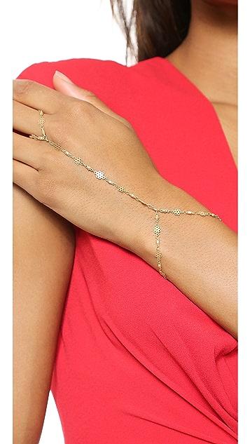 Vanessa Mooney The Alice Daisy Hand Chain