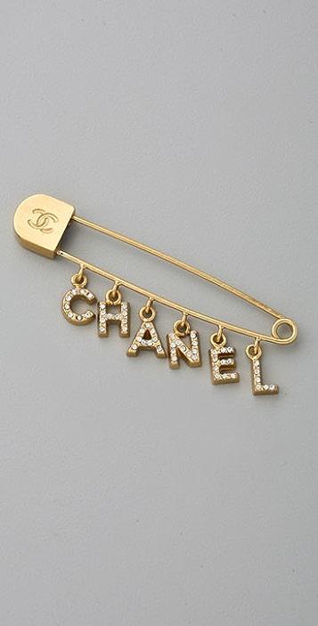 WGACA Vintage Vintage Chanel '01 Word Fringe Pin