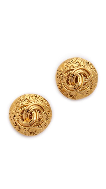 What Goes Around Comes Around Vintage Chanel Pressed Clip On Earrings