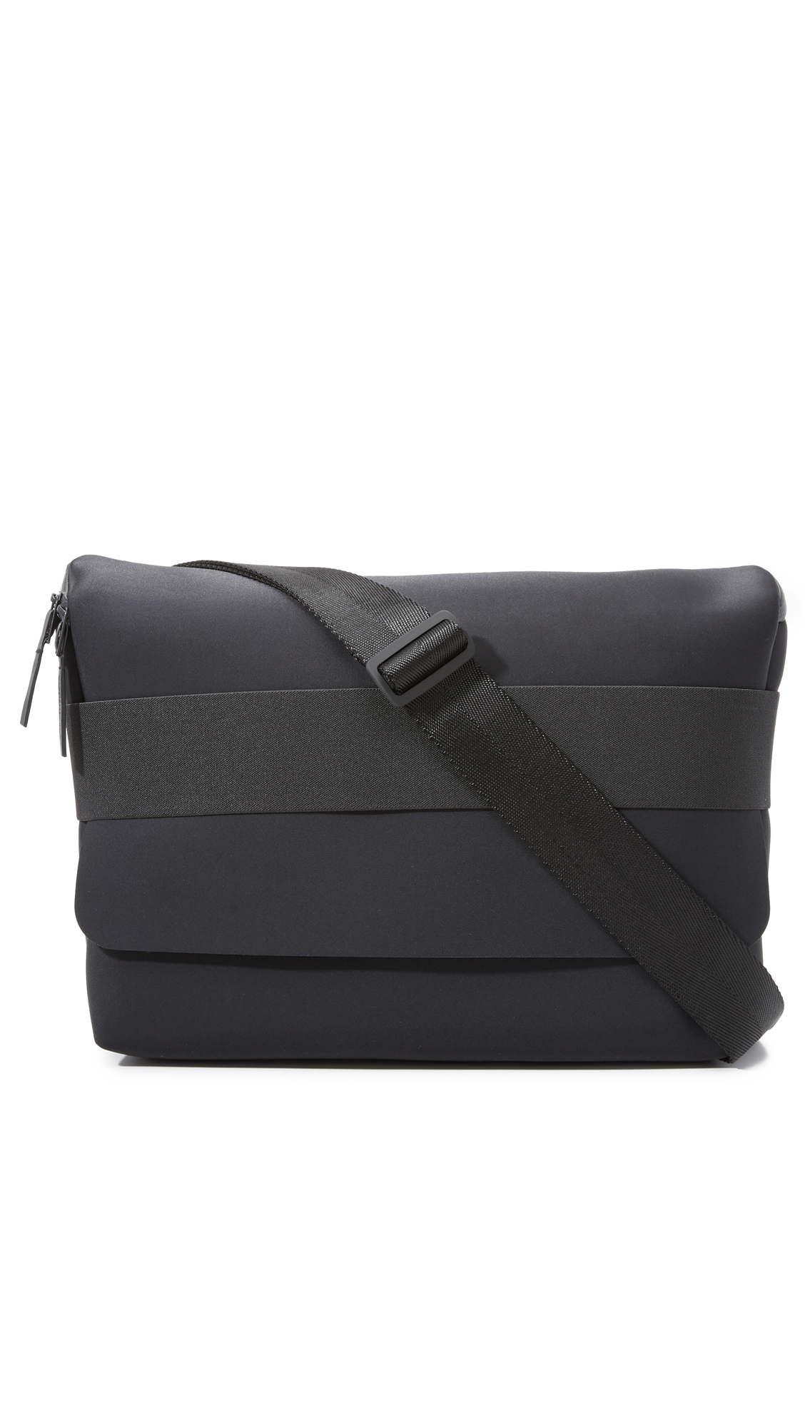 74df29d05b0f Y-3 Qasa Messenger Bag