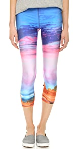 Utah Performance Capri Leggings                Zara Terez