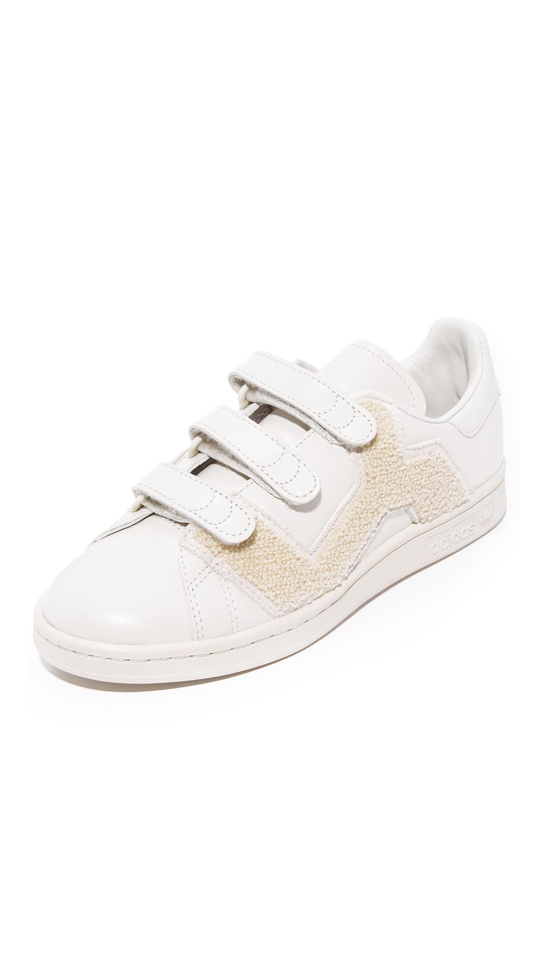 Adidas Raf Simons Stan Smith Comfort Badge Sneakers - Talc/Talc/Talc