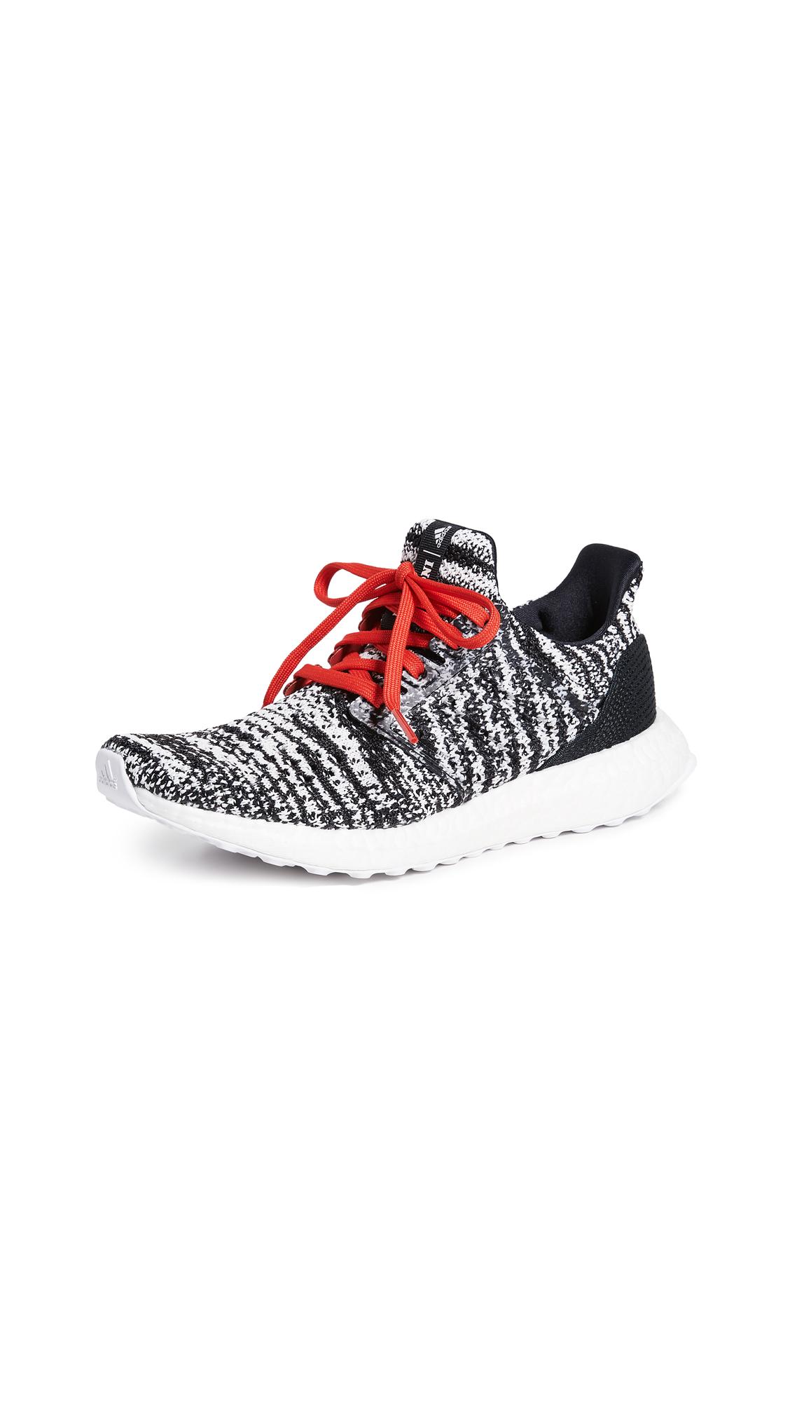 adidas Ultraboost CLIMA x MISSONI Sneakers - Core Black/White/Activere