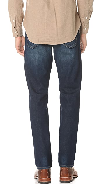 AG The Graduate Tailored Leg Jeans