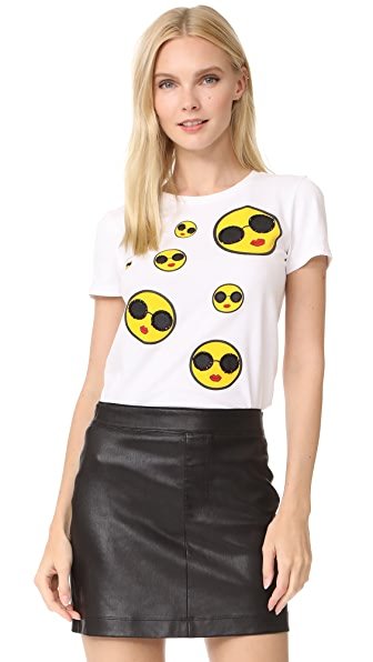 alice + olivia Rylyn Smiley Stace Tee - White Multi
