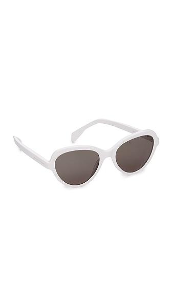 Alexander Mcqueen Shrunken Cat Eye Sunglasses - White/Green at Shopbop