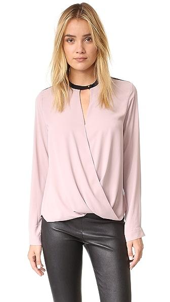 And B Фирменная блуза с длинными рукавами