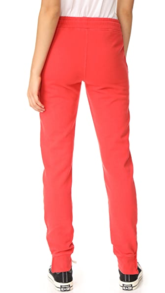 Vineyard Vines Pants | Vineyard Vines Nantucket Red Slim Cargo Pants | Color: Red | Size: 4 Slim-Fitting With Side Pockets And Zippers At The Ankle, Very Flattering! I Typically Wear A Size 4 But Purchased The 2, I Have Listed Them As A 4 As They Run Large For The Brand.