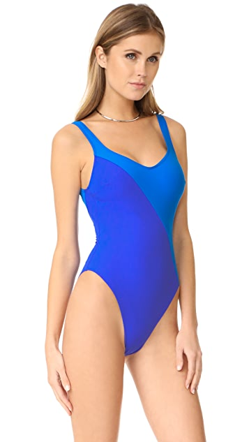 Araks Harley One Piece