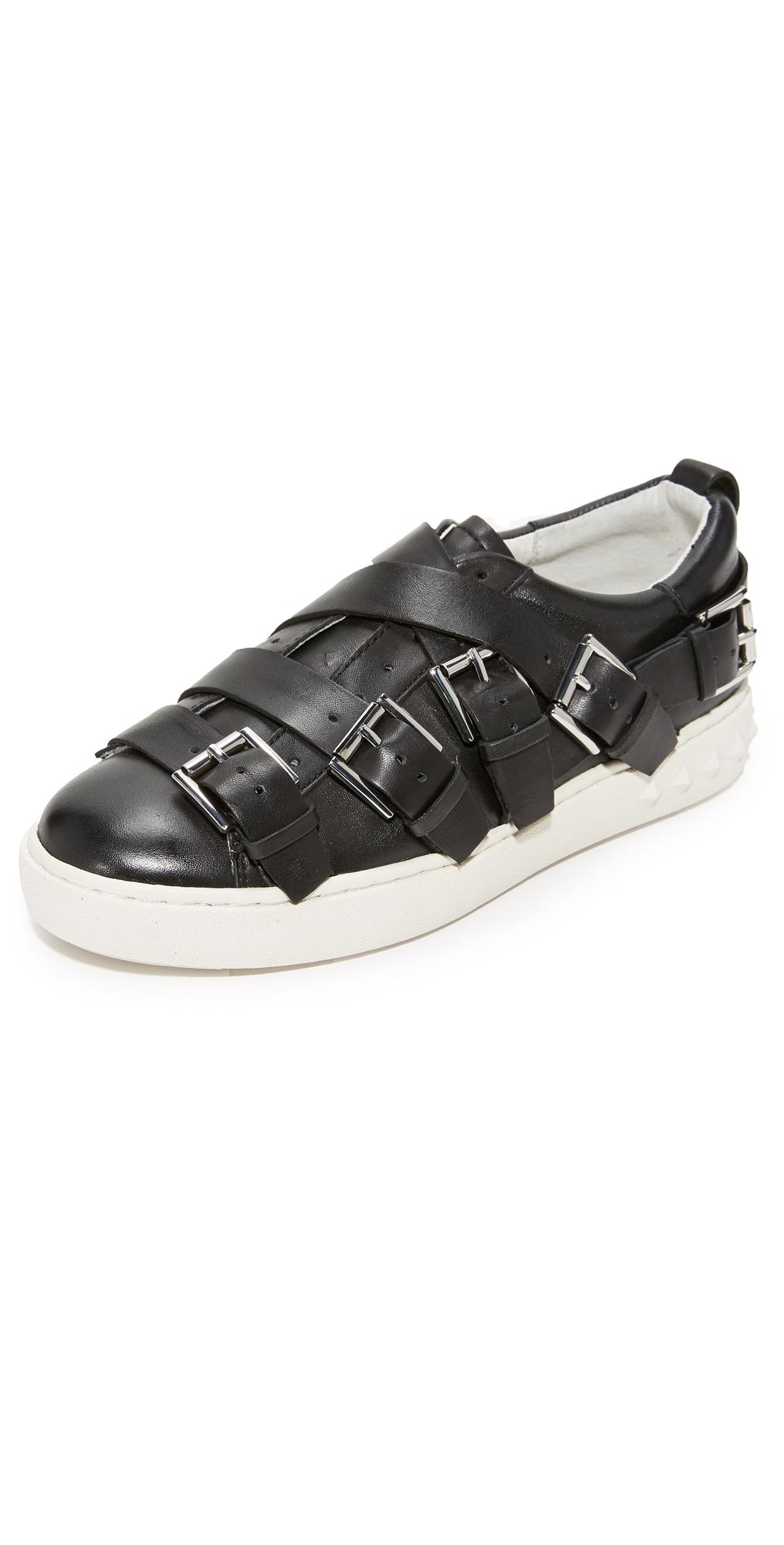 Premium Buckle Sneakers Ash