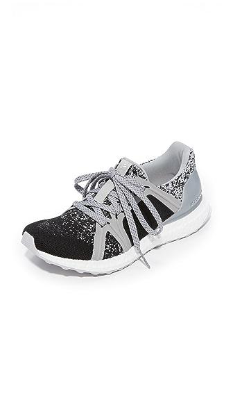 adidas by Stella McCartney Ultraboost Sneakers - Silver Metallic