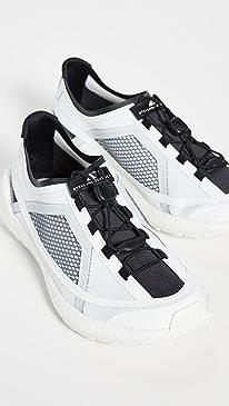 49e04af3bcb57 Designer Women's Sport Shoes & Sneakers