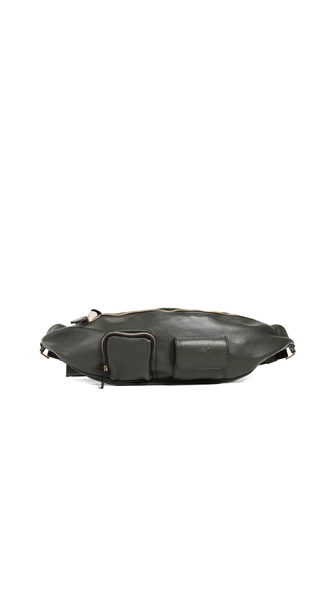 AVEC LA TROUPE Major Belt Bag in Military