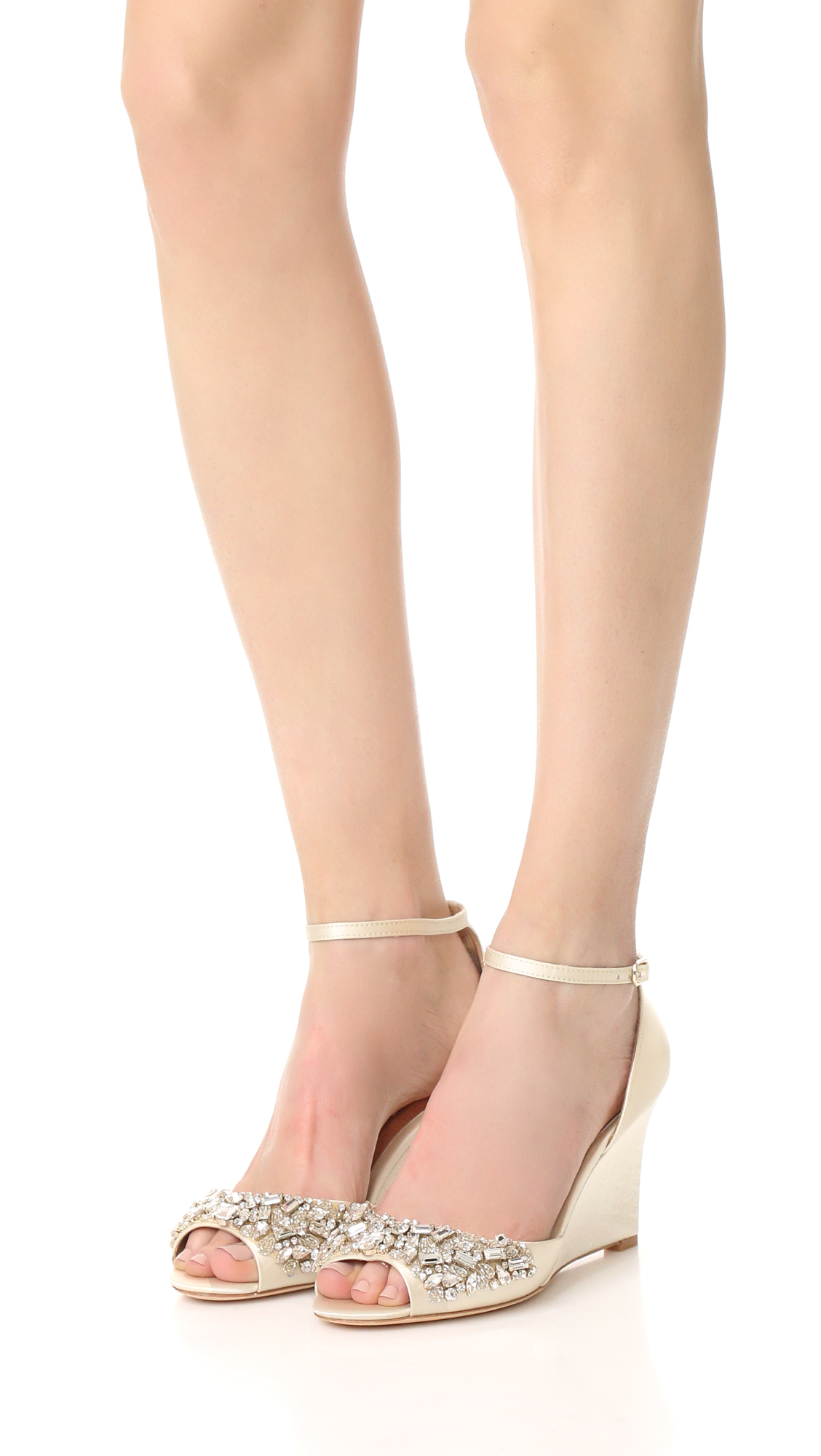 4257b77bdd9 Badgley Mischka Barbara Wedge Sandals