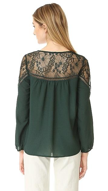 BB Dakota Ormond Lace Top