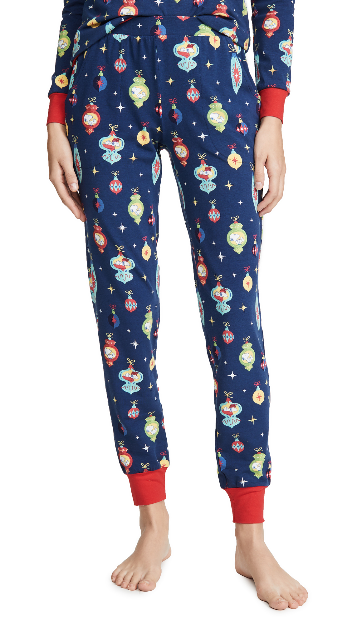 Buy BedHead Pajamas online - photo of BedHead Pajamas x Peanuts® Snoopy Ornaments Crew & Jogger Set