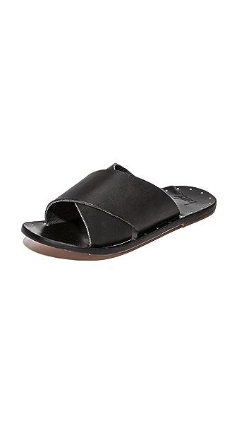beek Robin Crisscross Slides - Black/Black