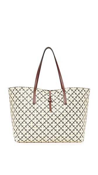 By Malene Birger Grineeh Tote