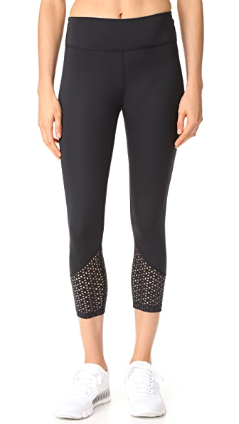 Beyond Yoga Perfect Angles Capri Leggings - Black