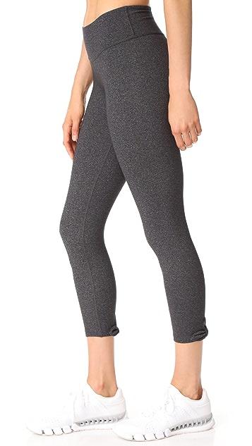 Beyond Yoga Kate Spade New York Leaf Bow Capri Leggings