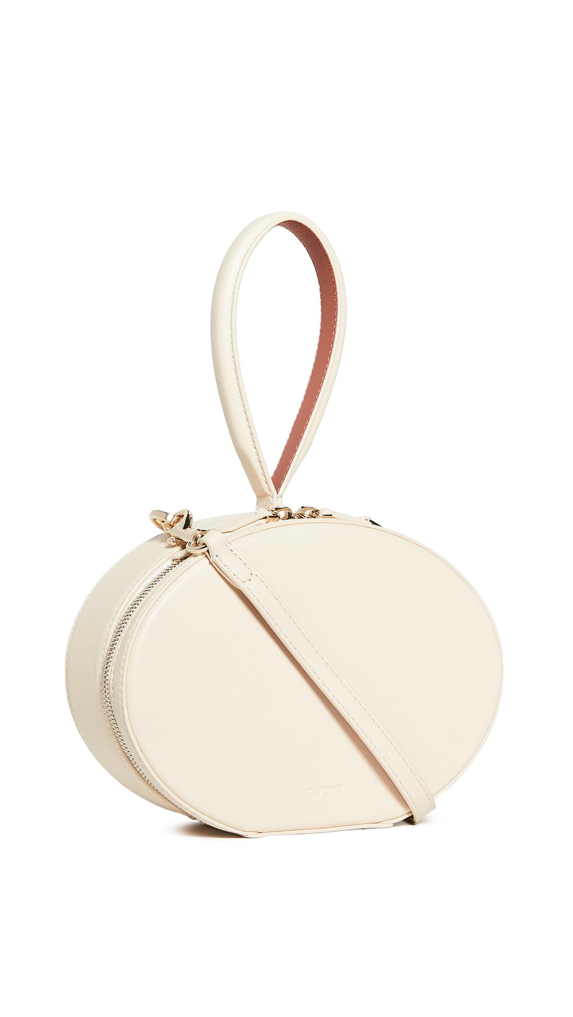 Buy Cafune online - photo of Cafune Egg Bag