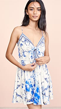 7d213f279b2 Camilla Clothing