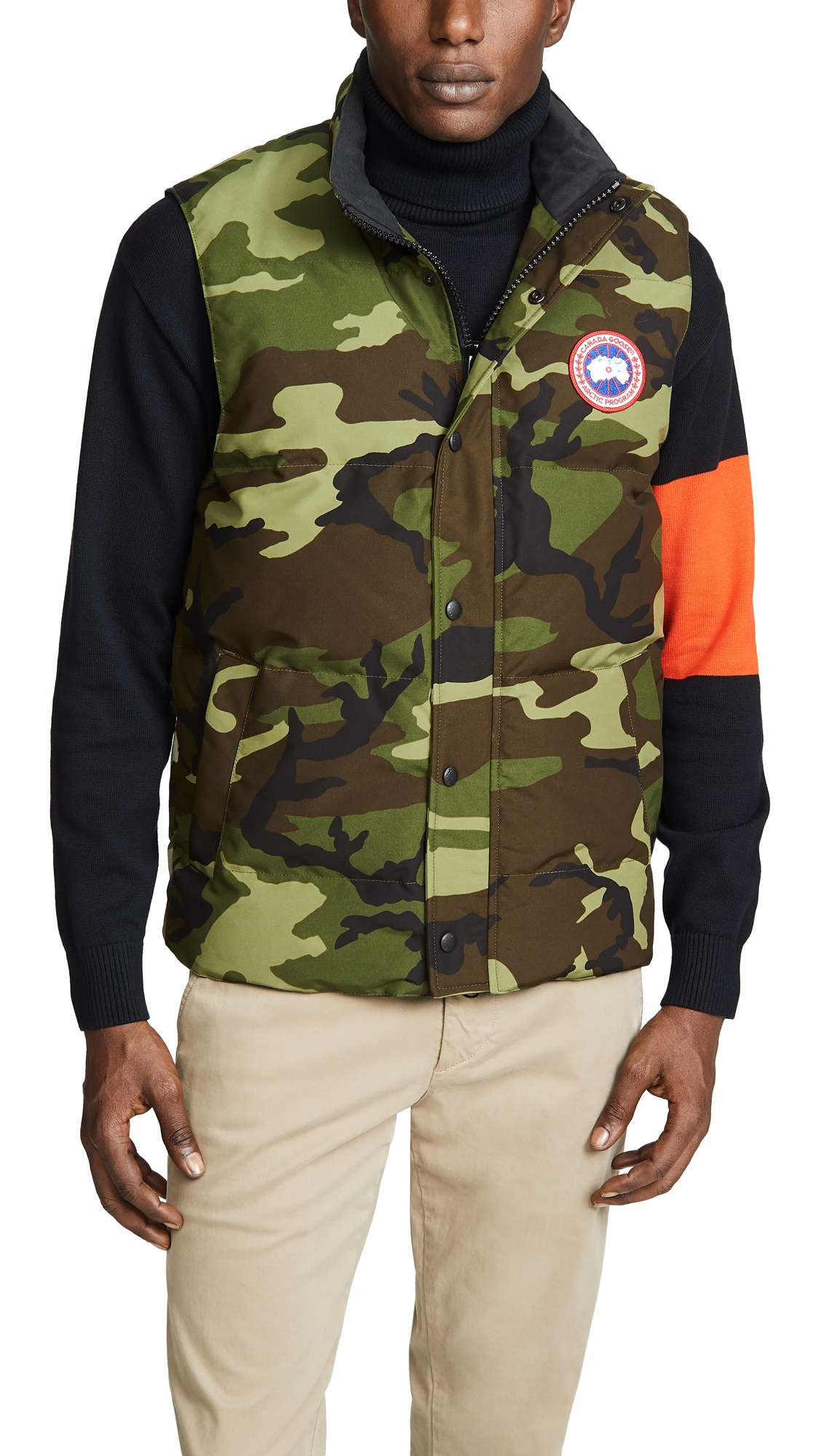 Canada Goose Garson Camouflage Quilted-Down Gilet In Green