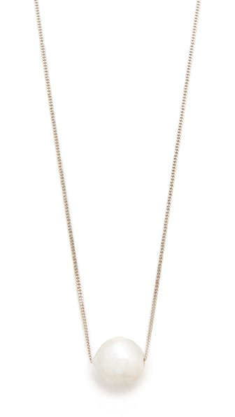 Chan Luu Pearl Necklace In White Pearl