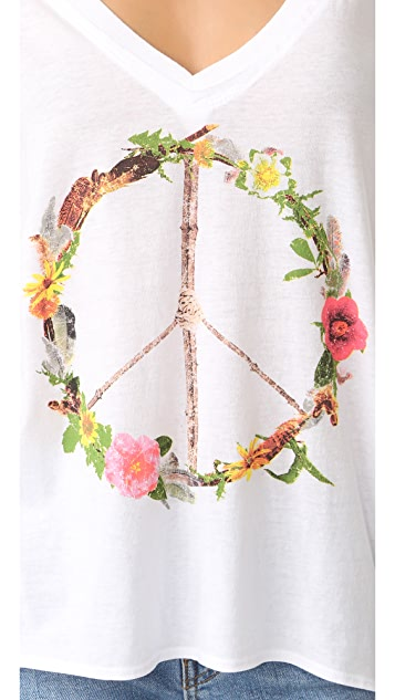 Chaser Peace Wreath Tee
