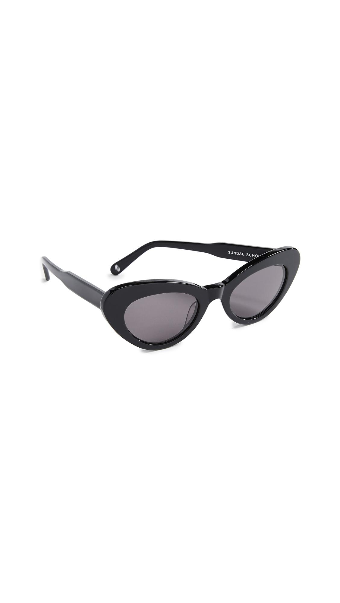 CHIMI Sundae School Round Sunglasses in Black